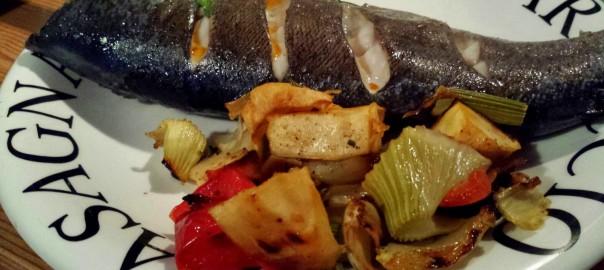 Forelle mit Rukolafüllung und Ofenkartoffeln