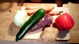 Das Gemüsefach geleert