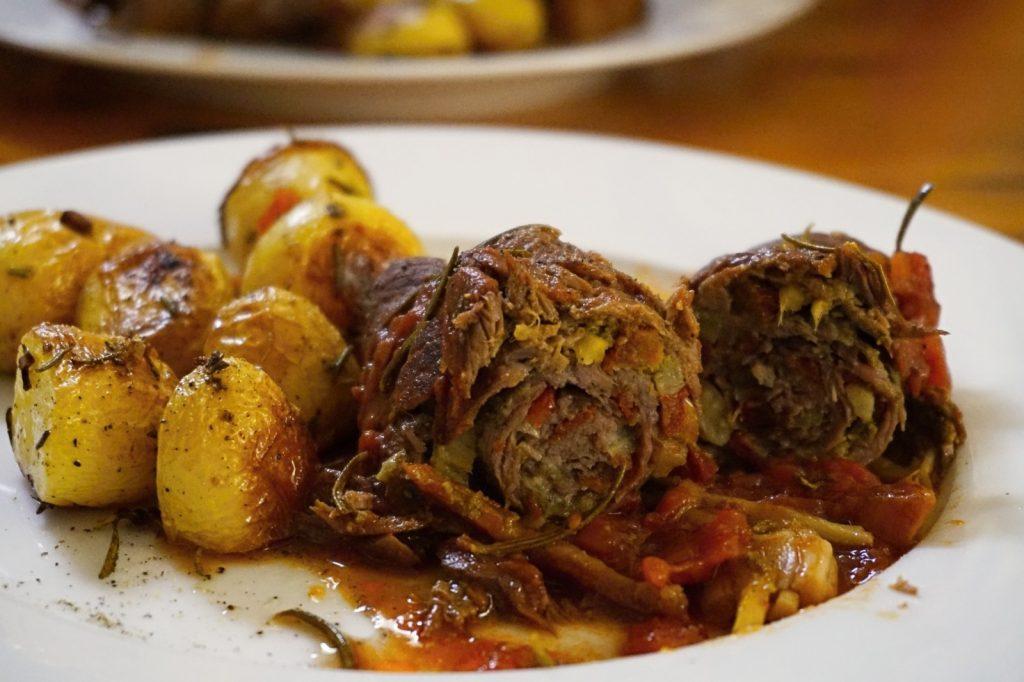 Fertig gekocht: Die Roulade Alternativ mit Ofenkartoffeln